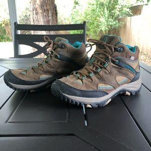 Merrell hiking shoes. Women's 7.5. EUC.